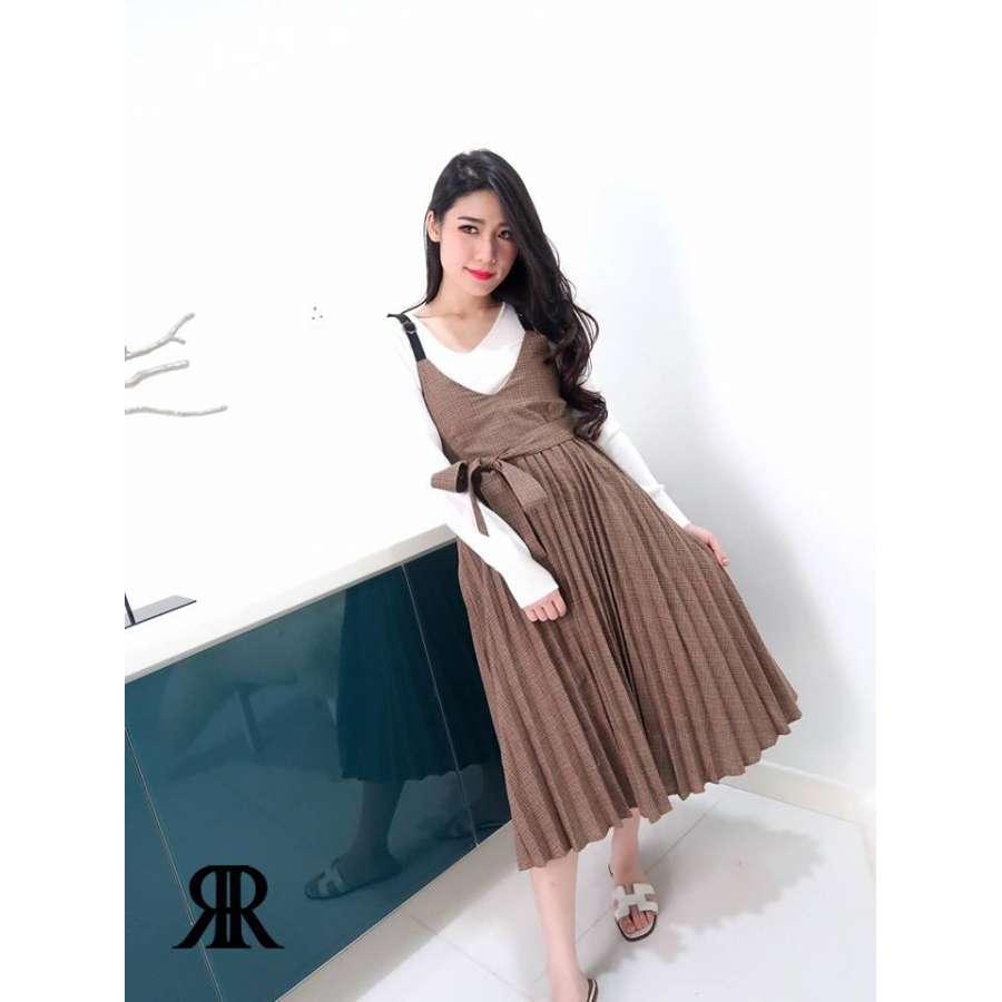 褐色复古气质收腰百褶连身裙