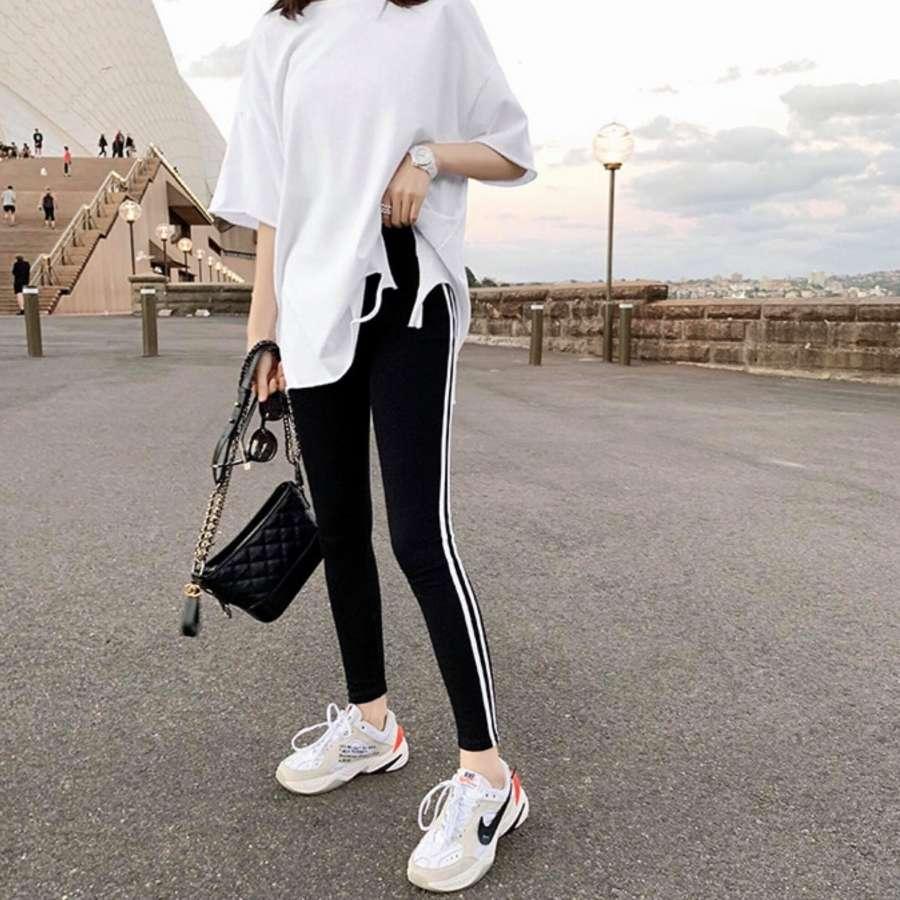 黑白拼色修身运动长裤