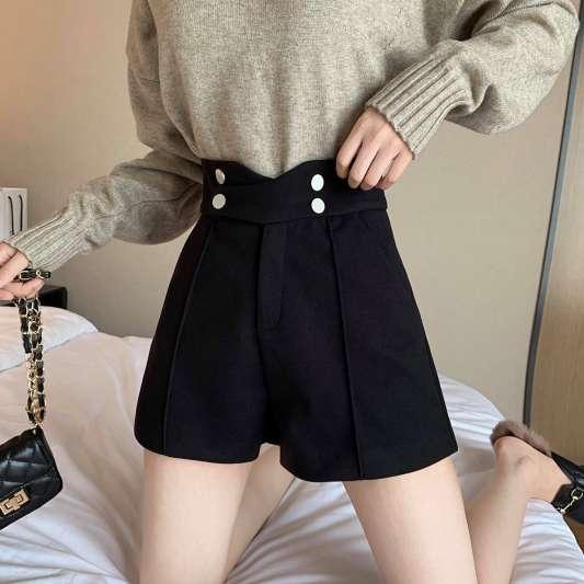 黑色小香风名媛阔腿高腰短裤