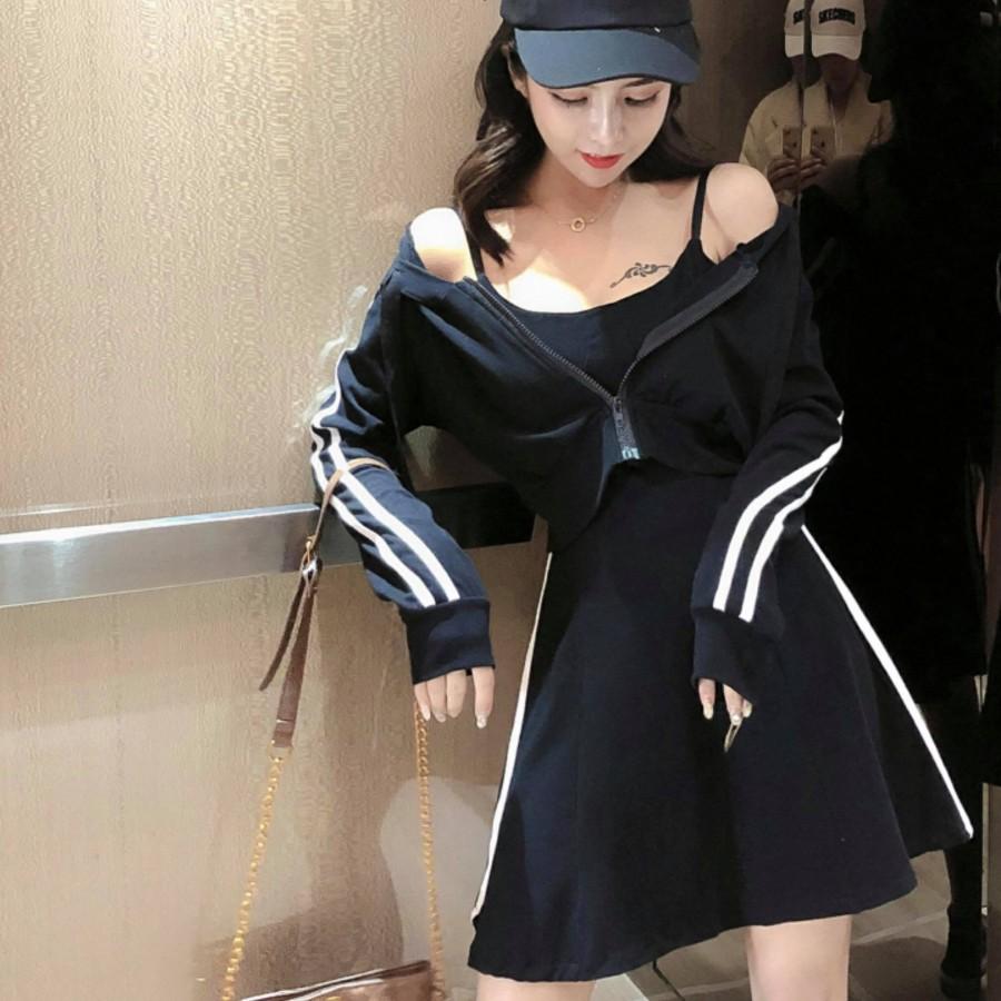 短版连帽外套+修身吊带连衣裙套装