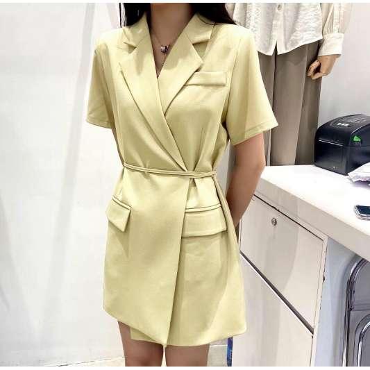 韩系显瘦气质系带连衣裙