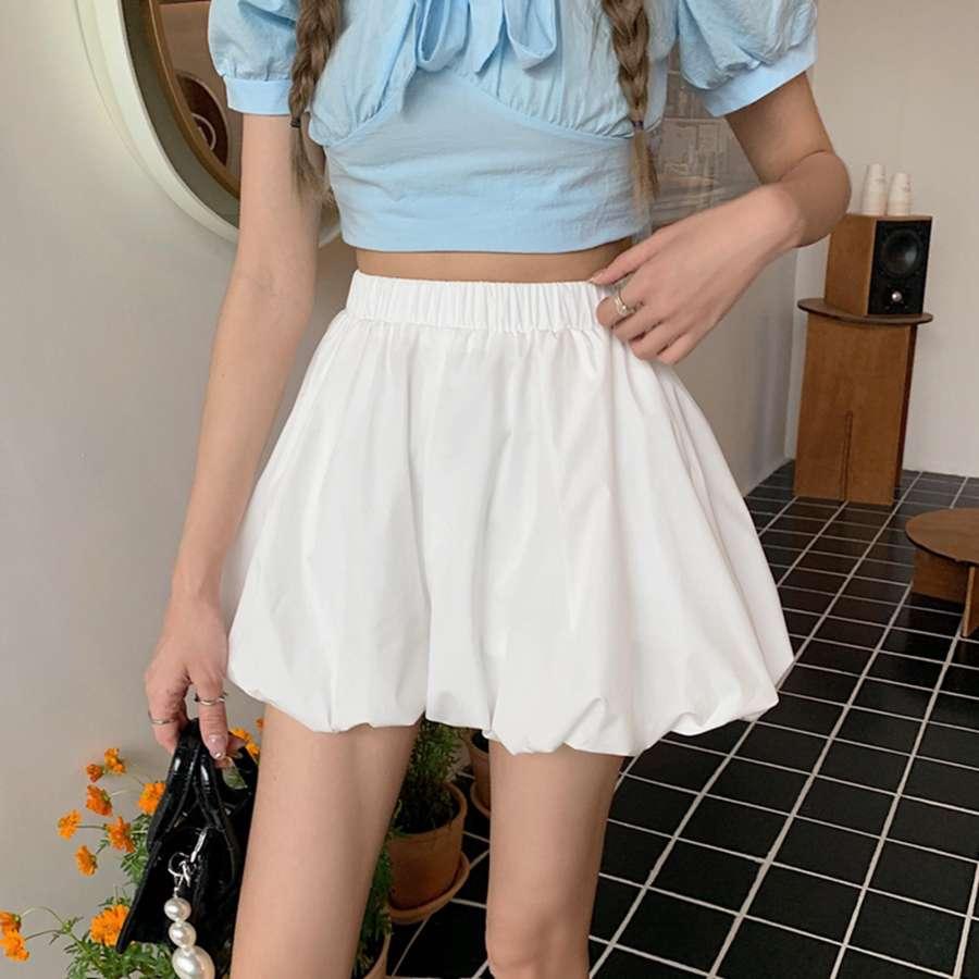 白色花苞垂感阔腿短裤